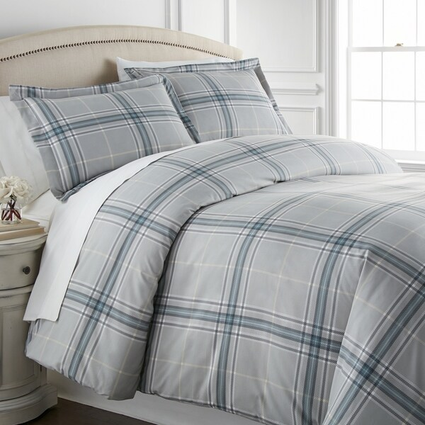 Vilano Choice Ultra-Soft Plaid Down Alternative 3-piece Comforter Set