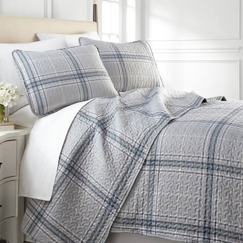Vilano Choice Ultra-Soft Plaid 3-piece Quilt and Sham Set
