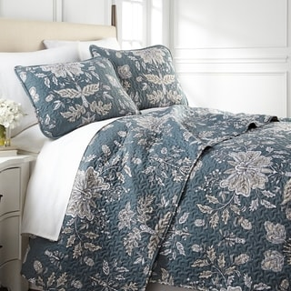 Link to Vintage Garden Quilt and Sham Set Similar Items in Quilts & Coverlets