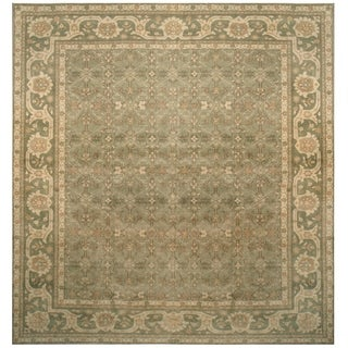 Handknotted  Wool Tabriz Rug - 13'1'' x 14'6''/13' x 14'