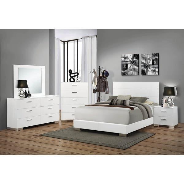 August Glossy White 3-piece Panel Bedroom Set with 2 Nightstands
