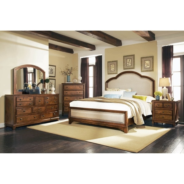 Claire Rustic Brown 2-piece Panel Bedroom Set with Chest