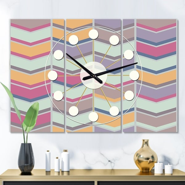 Designart 'Abstract Retro Geometrical Design X' Oversized Mid-Century wall clock - 3 Panels