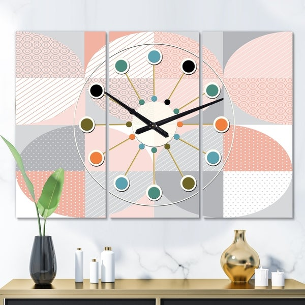 Designart 'Round geometric textured pattern' Oversized Mid-Century wall clock - 3 Panels - 36 in. wide x 28 in. high - 3 Panels