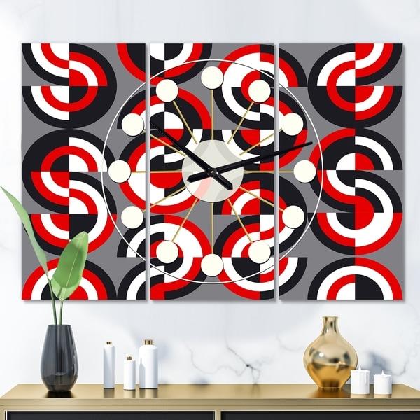 Designart 'Retro Circular Pattern Geometrical' Oversized Mid-Century wall clock - 3 Panels