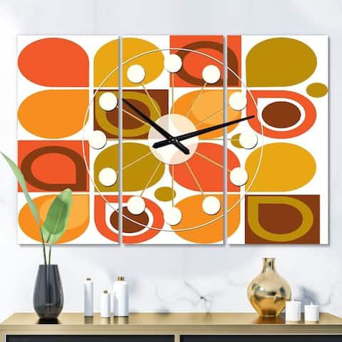 Designart 'Abstract Retro Geometric Pattern VI' Oversized Mid-Century wall clock - 3 Panels