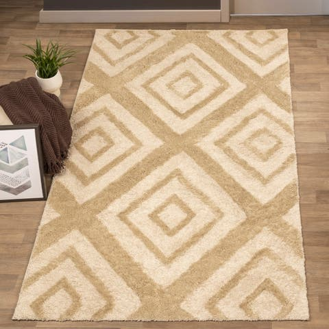 Miranda Haus Ellie Abstract Diamond Motif Area Rug