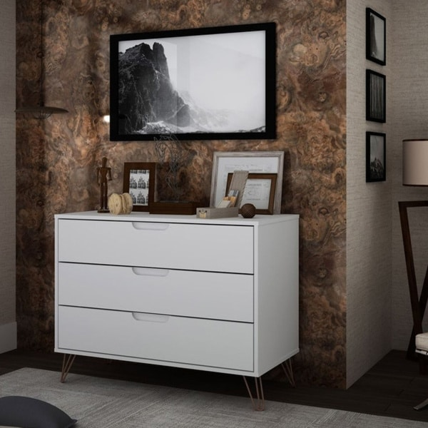 Carson Carrington Bandene Modern 3-drawer Dresser. Opens flyout.