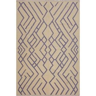 "Angila Ivory/Purple Hand-Woven Kilim Wool Rug - 6'8 x 9'6 - 6'8"" x 9'6"""