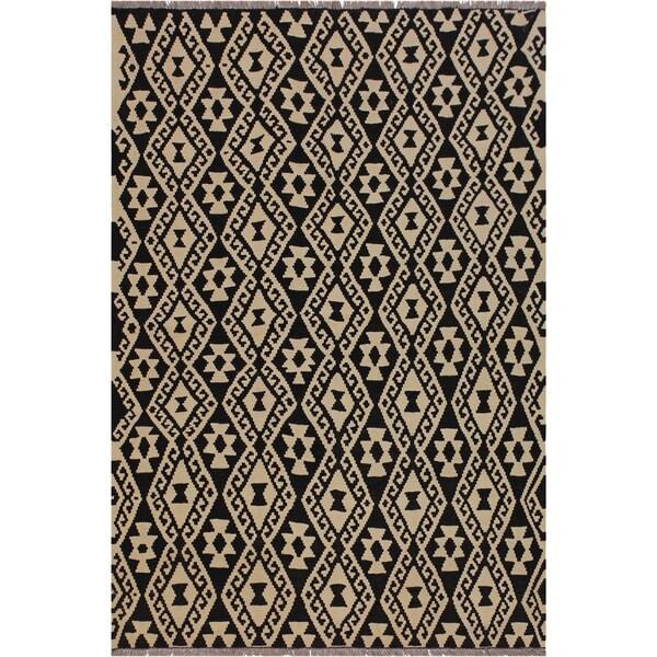 "Sims Black/Ivory Hand-Woven Kilim Wool Rug - 5'2 x 6'6 - 5'2"" x 6'6"""