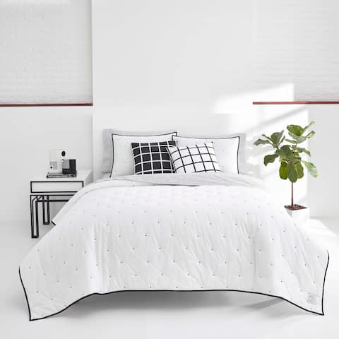 Now House by Jonathan Adler Pompeia White Cotton Quilt Set