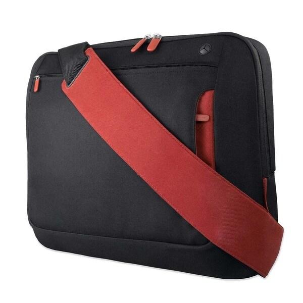 """Belkin Carrying Case (Messenger) for 17"""" Notebook - Cabernet"""