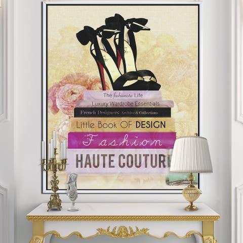 Designart 'Fashionista Reads 2' Fashion Gallery-wrapped Framed Canvas