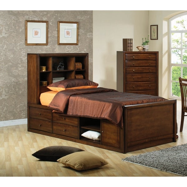 Hopedale Warm Brown 3-piece Storage Bedroom Set with 2 Nightstands