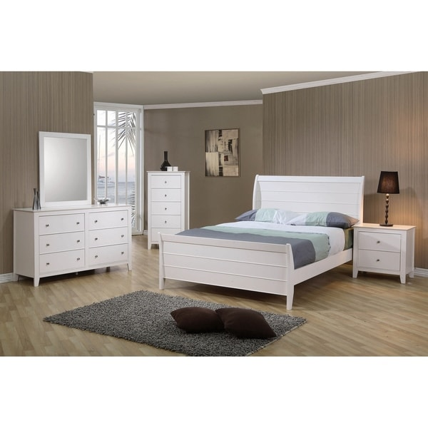 Waverly White 2-piece Sleigh Bedroom Set with Chest