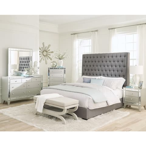 Briarley Grey 2-piece Upholstered Bedroom Set with Chest