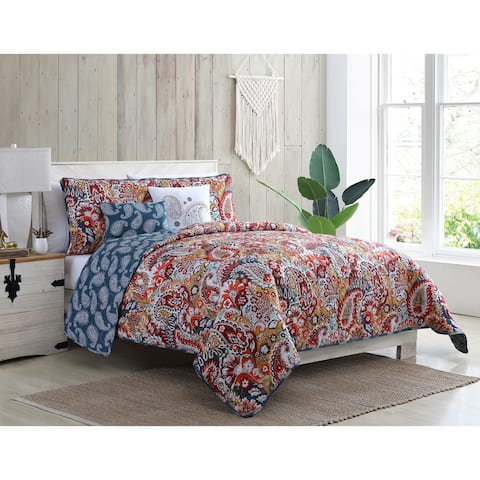 VCNY Home Bree Reversible Red Paisley Quilt Set