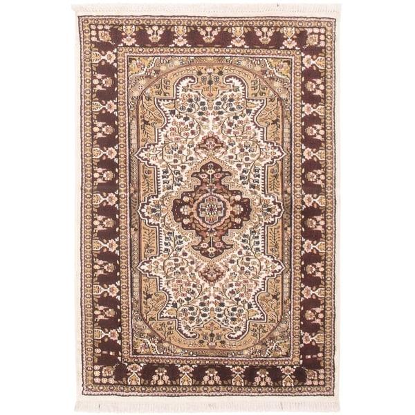 eCarpetGallery Hand-knotted Kashmir Ivory, Tan Silk Rug - 4'0 x 6'0