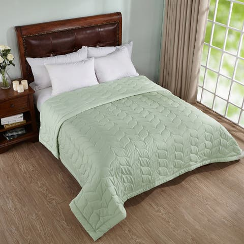 Peace Nest Reversible Down Alternative Quilted Blanket