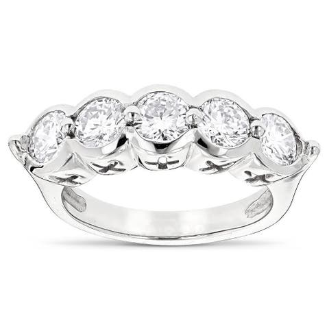 Luxurman Platinum 2 1/4ct TDW Round Diamond Ring