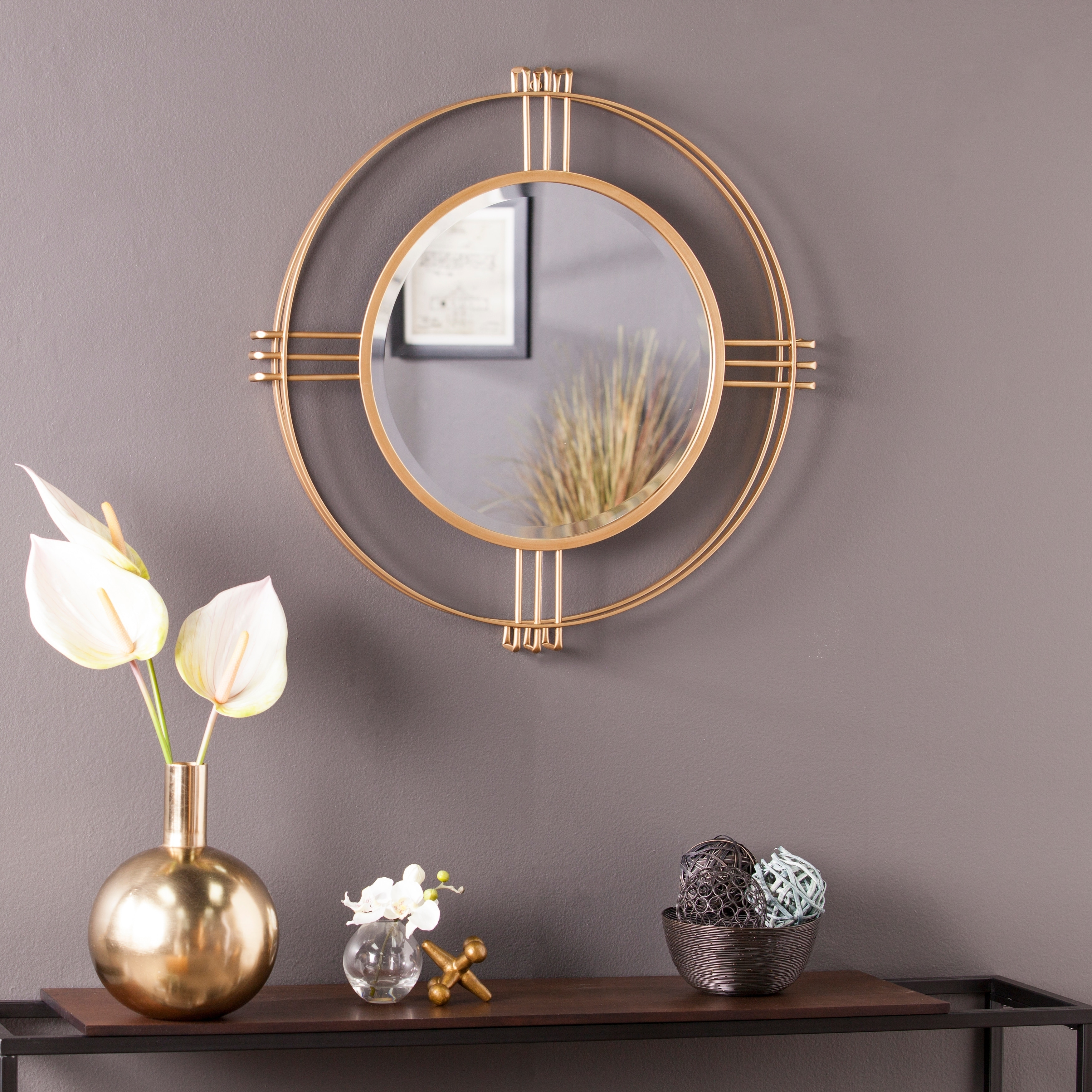 Shop Silver Orchid Iness Art Deco Gold Round Wall Mirror Overstock 28896144