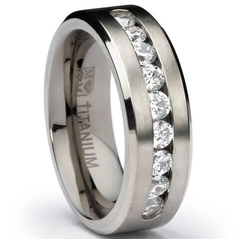 Oliveti Men's Titanium Wedding Band Ring with Round Cut Cubic Zirconia, Comofrt Fit 8mm