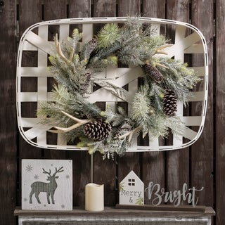 Glitzhome Wooden Tobacco Basket with Wreath
