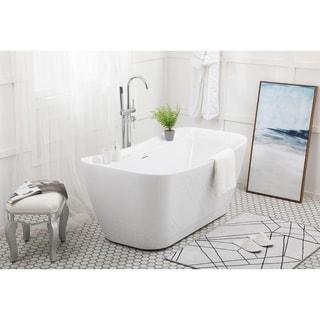 Soaking bathtub in glossy white