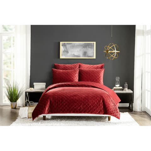 Poly Velvet Full Queen Quilt set Red