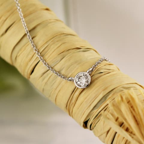 Ethical Sparkle 14k Gold 1/6ct TDW Diamond Lab Created Solitaire Bezel Necklace