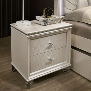 Silver Orchid Allenby Pearl White 2-drawer Nightstand