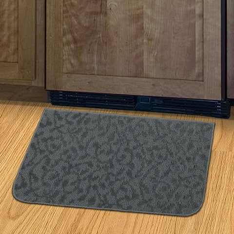 "Ivy Cinder Grey Slice Accent Kitchen/Door Mat (18"" x 30"") - N/A"