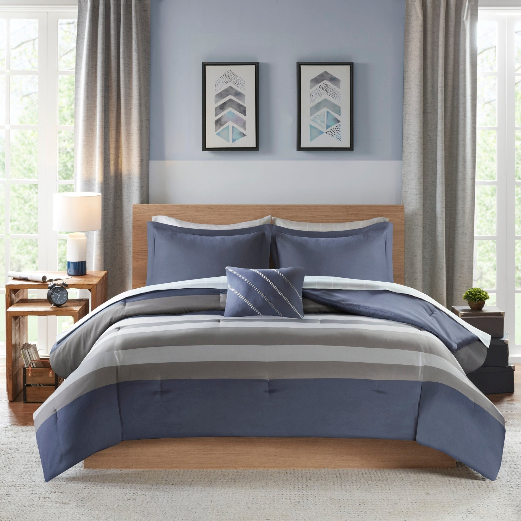 8 Piece Intelligent Design James Blue Grey Complete Bed Set Including Sheets In Queen Size As Is Item Overstock 28988193