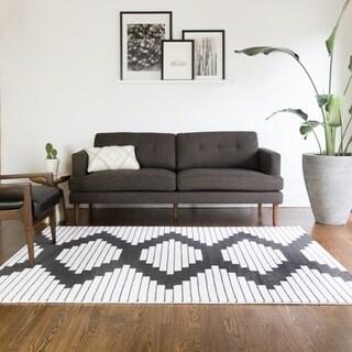 Carson Carrington Salsaker Geometric Indoor Area Rug