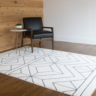 Ava Geometric Indoor Area Rug