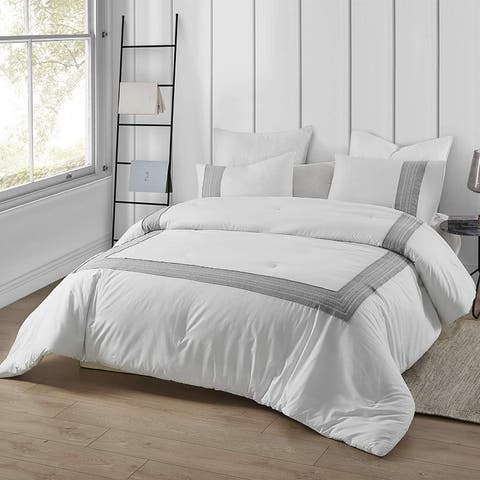 Boutique Border Textured Oversized Comforter - Hotel Gray