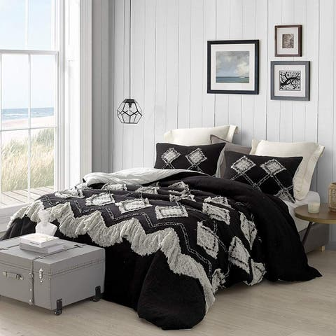 Hometown Antiquity Textured Oversized Comforter - Black/Glacier Gray
