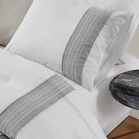 Boutique Border Textured Standard Sham - Hotel Gray (2-Pack)