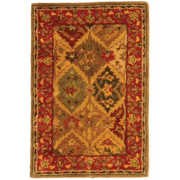 Safavieh Handmade Heritage Traditional Kerman Burgundy Wool Rug (2' x 3')