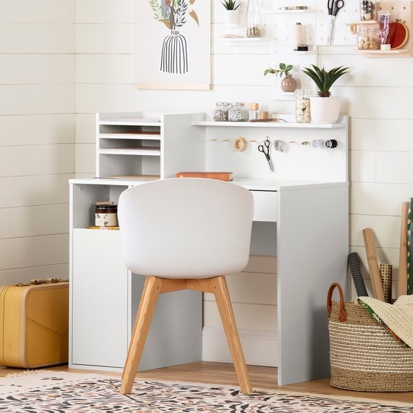 South Shore Crea Craft Table wth Hutch