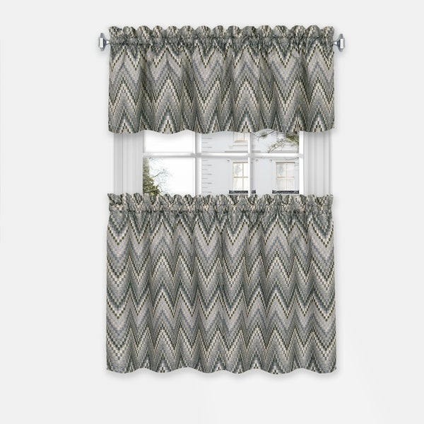 Porch & Den Lyndel Window Curtain Tier Pair and Valance Set