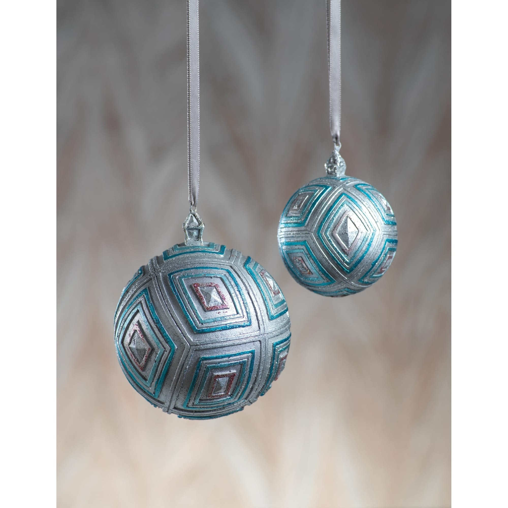 Buy Christmas Ornaments Online at Overstock | Our Best ...