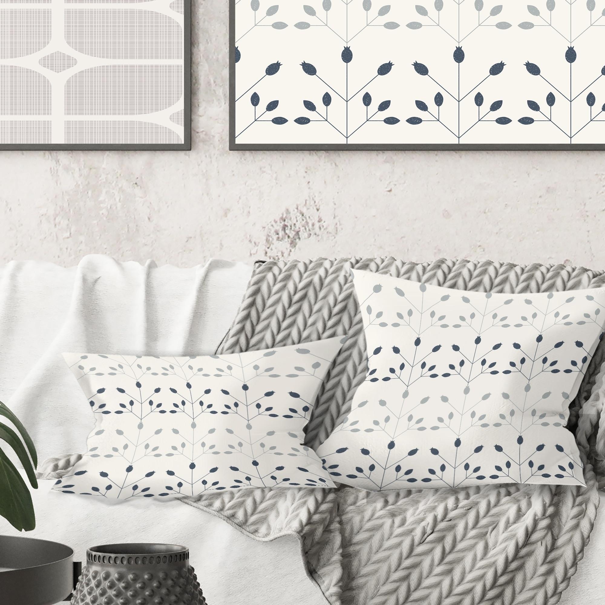 Designart \'Floral Retro Botanical Pattern I\' Mid-Century Modern Throw Pillow