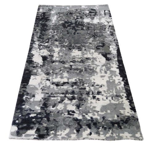 "Shahbanu Rugs Hi-Low Pile Abstract Design Wool and Silk Hand-Knotted Runner Rug (2'7"" x 5'9"") - 2'7"" x 5'9"""