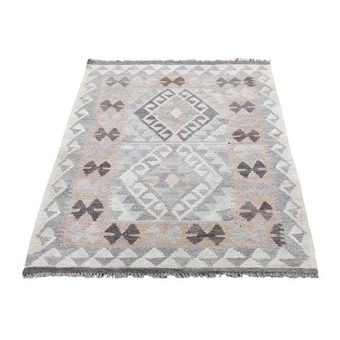 "Shahbanu Rugs Undyed Natural Wool Afghan Kilim Reversible Hand Woven Oriental Rug (2'9"" x 4'3"") - 2'9"" x 4'3"""