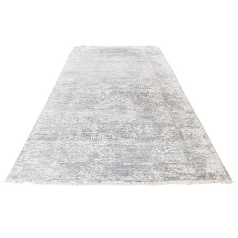 """Shahbanu Rugs Wool and Silk Broken Persian Design Wide Runner Hand-Knotted Rug (4'0"""" x 9'8"""") - 4'0"""" x 9'8"""""""