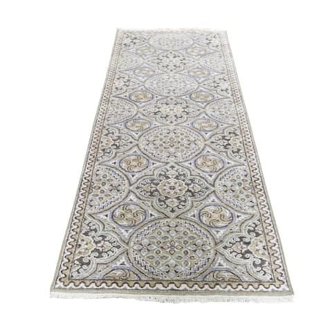 "Shahbanu Rugs Oxidized Wool and Silk Mughal Inspired Medallions Runner Oriental Rug (2'6"" x 7'9"") - 2'6"" x 7'9"""
