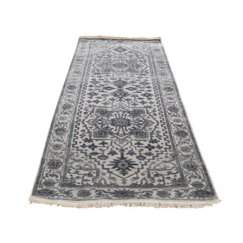 """Shahbanu Rugs Silver Heriz Design Wool and Silk Hi-lo Pile Runner Hand-Knotted Rug (2'6"""" x 8'2"""") - 2'6"""" x 8'2"""""""