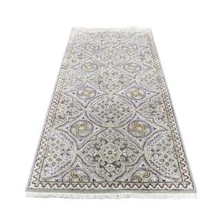 "Shahbanu Rugs Oxidized Wool and Silk Mughal Inspired Medallions Runner Oriental Rug (2'6"" x 6'0"") - 2'6"" x 6'0"""