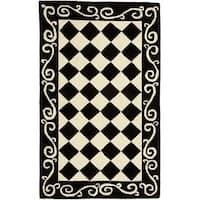 """Safavieh Hand-hooked Diamond Black/ Ivory Wool Rug - 2'9"""" x 4'9"""""""